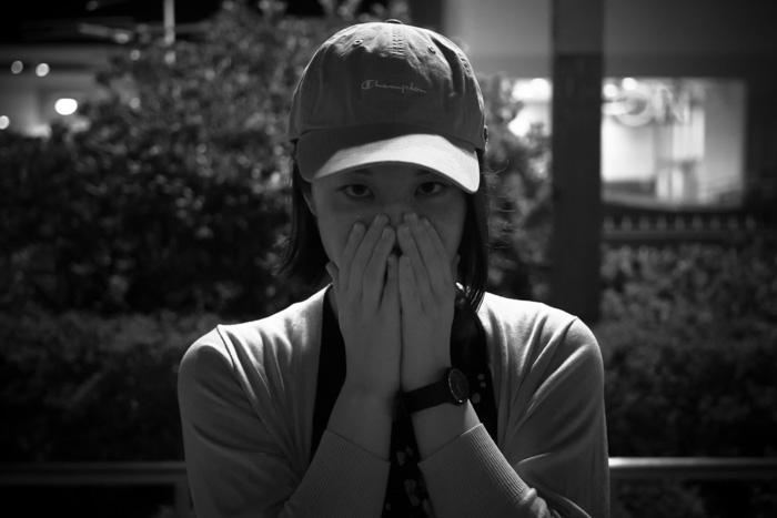 妖しく光る見つめるCAT'S EYE / 奈良ポートレート
