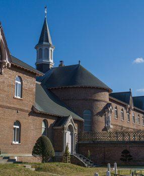 北海道函館には厳格な戒律を持つ厳律シトー修道会トラピスチヌ修道院があった