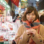 千のバラがやきもち焼く あなたの美しさに / 京都ポートレート