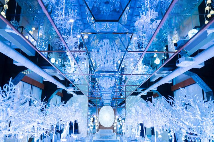 レトロ建築物の結婚式場、芦屋モノリスの「純白の森ナイトミュージアムに行ってきた
