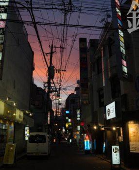 まるで迷宮のような長崎歓楽街、銅座で撮るスナップ「銅座らびりんす」